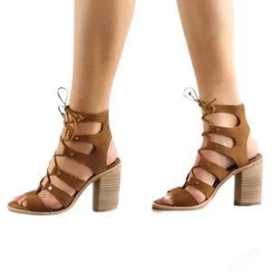 Dolce Vita Lyndon dark saddle sandals 9
